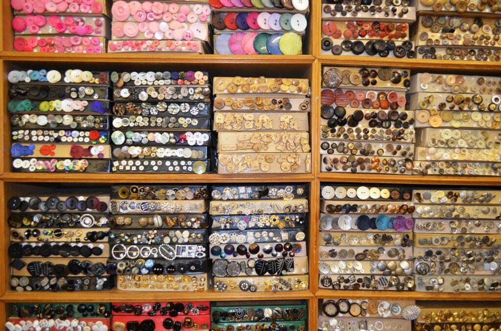 button shop, Business owner